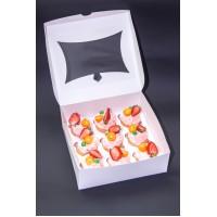 Коробка для 9 капкейков. Размер 240*250*90