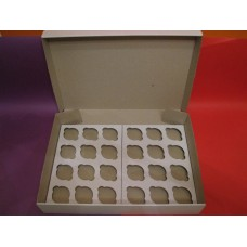 Коробка из микрогофры на 24 капкейка. Размер 350*500*90 мм.
